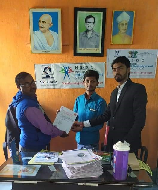 hc-para-medical-student-receiving-result-by-govind-thakur